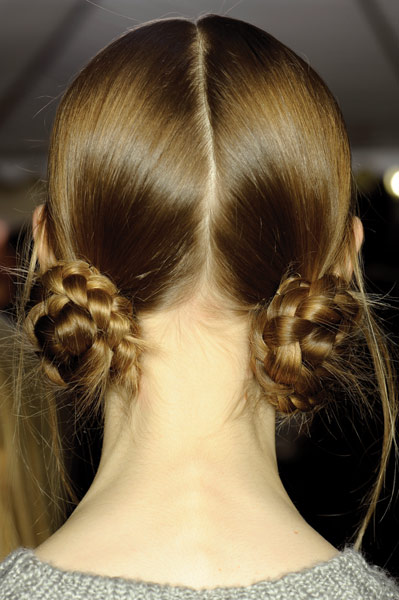 12 09 fall 2012 hair trends runway 2