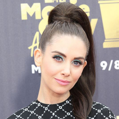 Rounding Up the Top Hair and Beauty Looks from the 2018 MTV Movie Awards