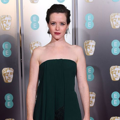 How-To: Claire Foy's 2019 Grammy Awards Red Carpet Look