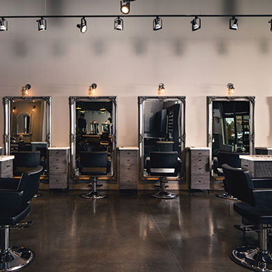 Salon Luxury and Affordability: Finding a Balance