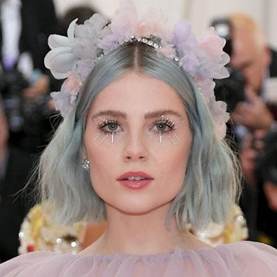 How-To: Lucy Boynton's Jade-Coloured Hair